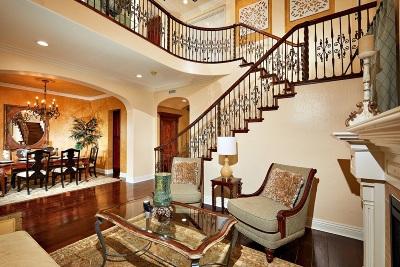 La Jolla Single Family Home For Sale: 2725 Ridgegate Row