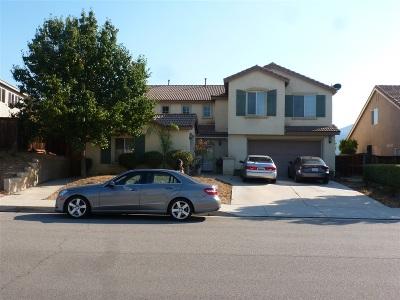 Wildomar Single Family Home For Sale: 36208 Madora Dr.