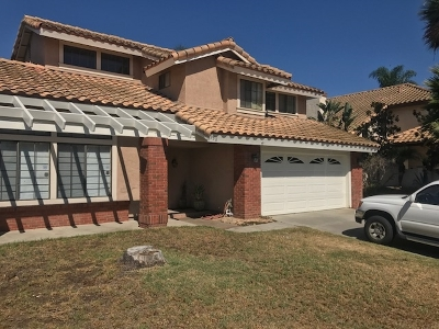 Escondido Single Family Home For Sale: 956 Sugarloaf Dr