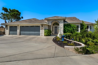 Single Family Home For Sale: 2211 Crest Hill Ln