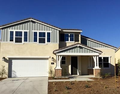 Menifee Single Family Home For Sale: 24226 Deputy Way