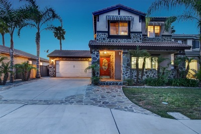 San Diego Single Family Home For Sale: 3088 Glancy Dr