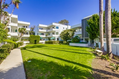 La Jolla Attached For Sale: 2352 Torrey Pines Road #6