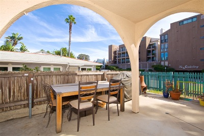 Pacific Beach, Pacific Beach Sail Bay, Pacific Beach, North Pacific Beach, Pacific Beach/Crown Point Attached For Sale: 1130 Pacific Beach Dr #1B