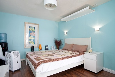 Multi Family 2-4 For Sale: 4926-4928 Santa Monica Avenue