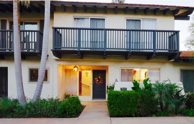 Point Loma Townhouse For Sale: 3272 Loma Riviera Dr