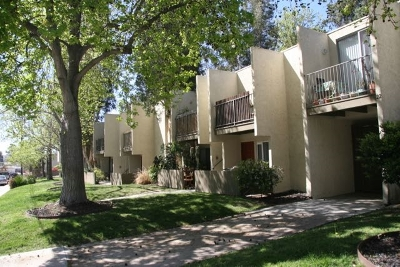 Mission Hills Attached Contingent: 2850 Reynard #23