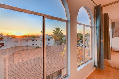 Pacific Beach, Pacific Beach Sail Bay, Pacific Beach, North Pacific Beach, Pacific Beach/Crown Point Attached For Sale: 4130 Haines Street #7B