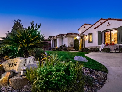 Fallbrook Single Family Home For Sale: 3938 Flowerwood Ln