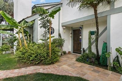 Oceanside Single Family Home For Sale: 2074 Rue De La Montagne