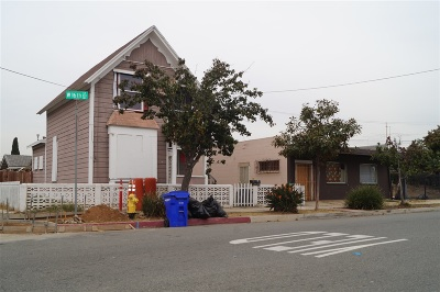 Single Family Home For Sale: 339 W 16th Street