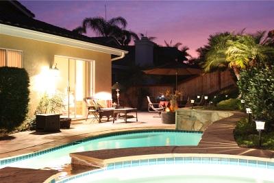 Vista Single Family Home For Sale: 638 Cabezon Pl