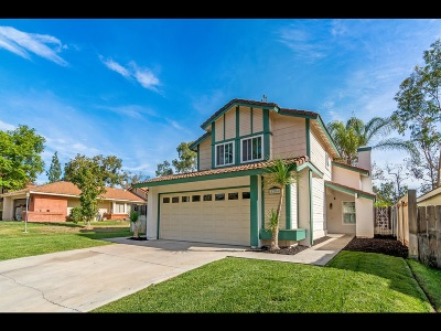 Escondido Single Family Home For Sale: 2204 Darby St