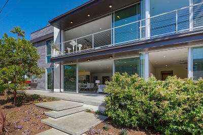 Carlsbad Townhouse For Sale: 165 Pine Ave.