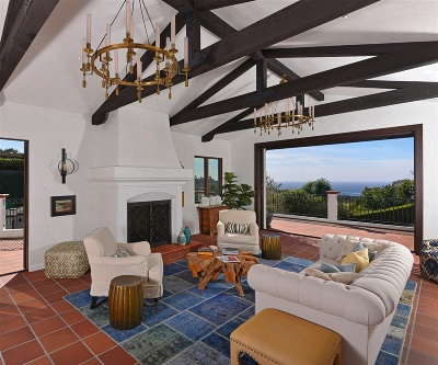 La Jolla Single Family Home For Sale: 7171 Country Club Drive