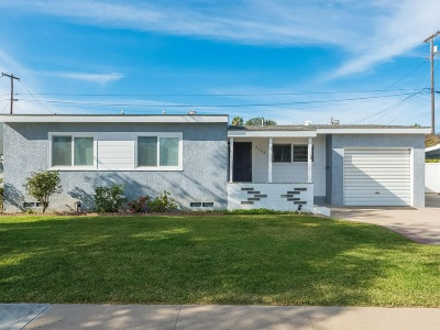 San Diego Single Family Home For Sale: 3726 Nassau Dr