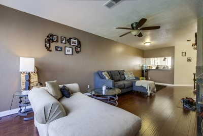El Cajon Attached For Sale: 13806 Pinkard Way #42