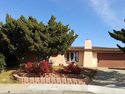 Oceanside Single Family Home For Sale: 4030 Via Aldea