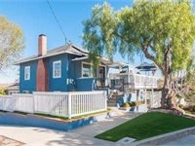San Diego Single Family Home For Sale: 830 Barr