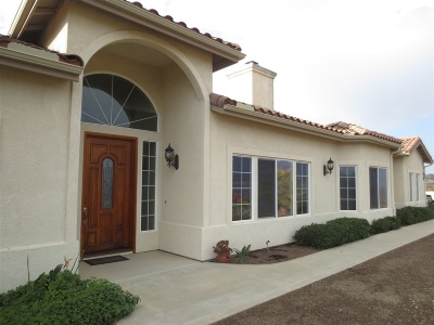 Valley Center Single Family Home For Sale: 16275 Mackinzie Way