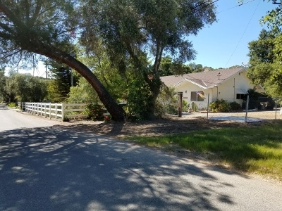 Single Family Home For Sale: 40058 Ross Road