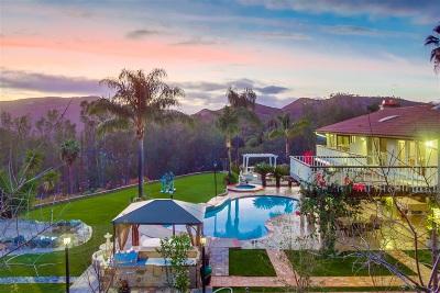 Single Family Home For Sale: 2460 Vista Lago Terrace