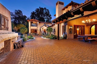 Rancho Santa Fe Single Family Home For Sale: 5856 Lago Lindo