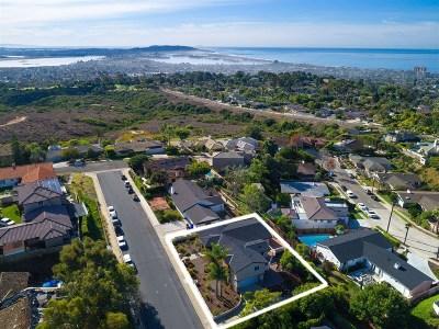 La Jolla Single Family Home For Sale: 5436 Thunderbird Lane