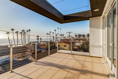 Oceanside Townhouse For Sale: 313 S Myers St. #2
