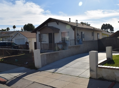 San Diego Multi Family 2-4 For Sale: 4811 Castle Ave.
