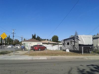 Chula Vista CA Multi Family 2-4 For Sale: $499,000