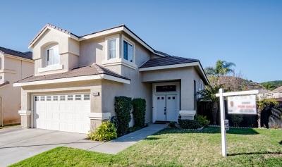 Escondido Single Family Home For Sale: 29616 Gracilior Drive