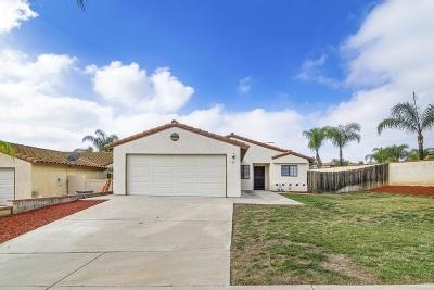 Escondido Single Family Home For Sale: 585 Hayward