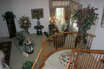 Murrieta, Temecula Single Family Home For Sale: 31698 Via Saltio