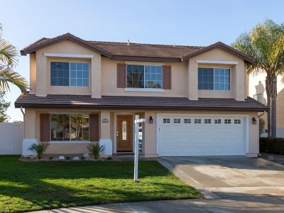 Oceanside Single Family Home For Sale: 493 Lexington Court