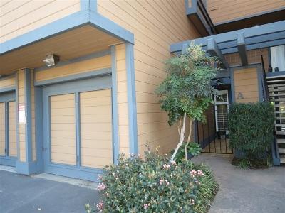 Carlsbad Townhouse For Sale: 4006 Layang Layang Cir #A