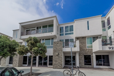 Pacific Beach, Pacific Beach Sail Bay, Pacific Beach, North Pacific Beach, Pacific Beach/Crown Point Attached For Sale: 924 Hornblend St #302