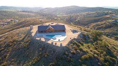 Single Family Home For Sale: 19002 Rancho Santa Fe Ct.