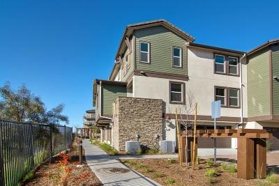 San Marcos Townhouse For Sale: 415 E Mission Villas