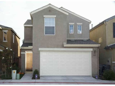 San Diego Single Family Home For Sale: 2749 Creekside Village Way