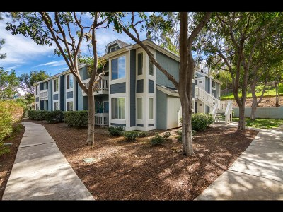 Escondido Attached For Sale: 1564 Tanglewood Ln #22