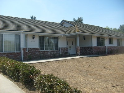 Fallbrook Single Family Home For Sale: 2144 Creekview Ln