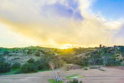 Fallbrook Single Family Home Contingent: 2474 Gird Road