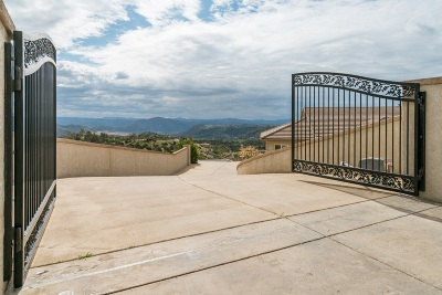 Fallbrook Single Family Home For Sale: 3591 Rosa Way