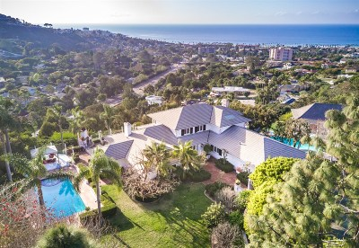 La Jolla Single Family Home For Sale: 7712 Moonridge Pl
