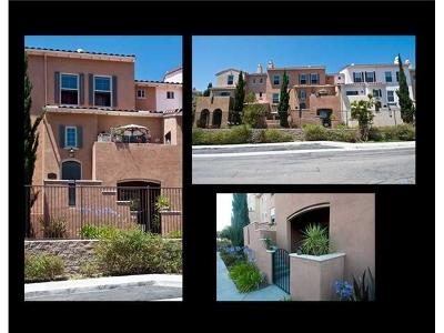 Chula Vista Townhouse For Sale: 2269 Huntington Point Rd #115