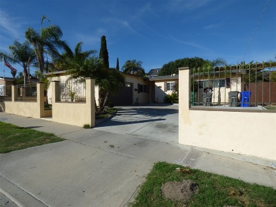 Oceanside Single Family Home For Sale: 4138 Thomas