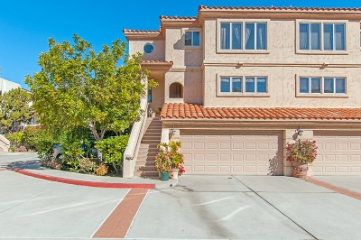 Carlsbad Attached For Sale: 7515 Jerez Ct #Unit B