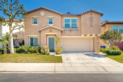 Oceanside Single Family Home Contingent: 234 Franciscan Way