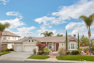 Chula Vista CA Single Family Home For Sale: $1,049,000